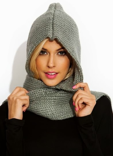 Gorgeous Hooded Knit Scarf and Black Full Sleeve Shirt