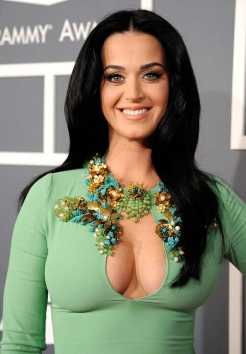 fotos-decote-enorme-de-katy-perry-no-grammy-2013