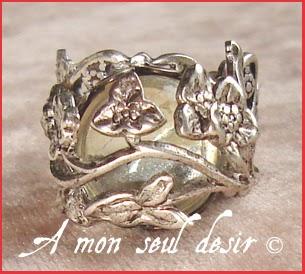 Bague elfique végétale féerique florale cabochon cristal transparent Elven Fairy Ring
