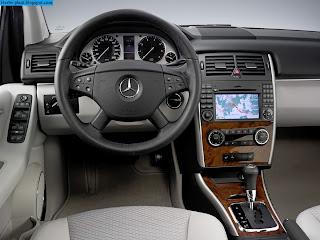 Mercedes b150 dashboard - صور تابلوه مرسيدس b150