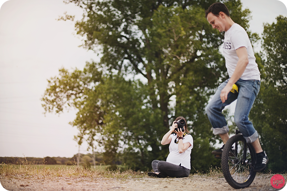 sesja fotograficzna monocykl