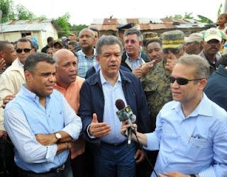 Leonel Fernández ordena construcción del Muro al Río Nigua y Yubazo y drenaje al barrio Moscú