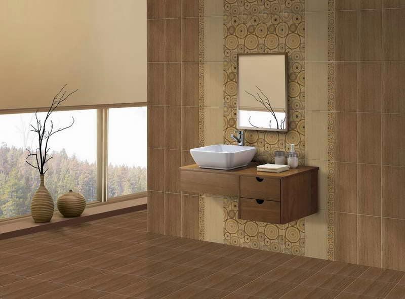 keselarasan warna keramik lantai dan dinding kamar mandi