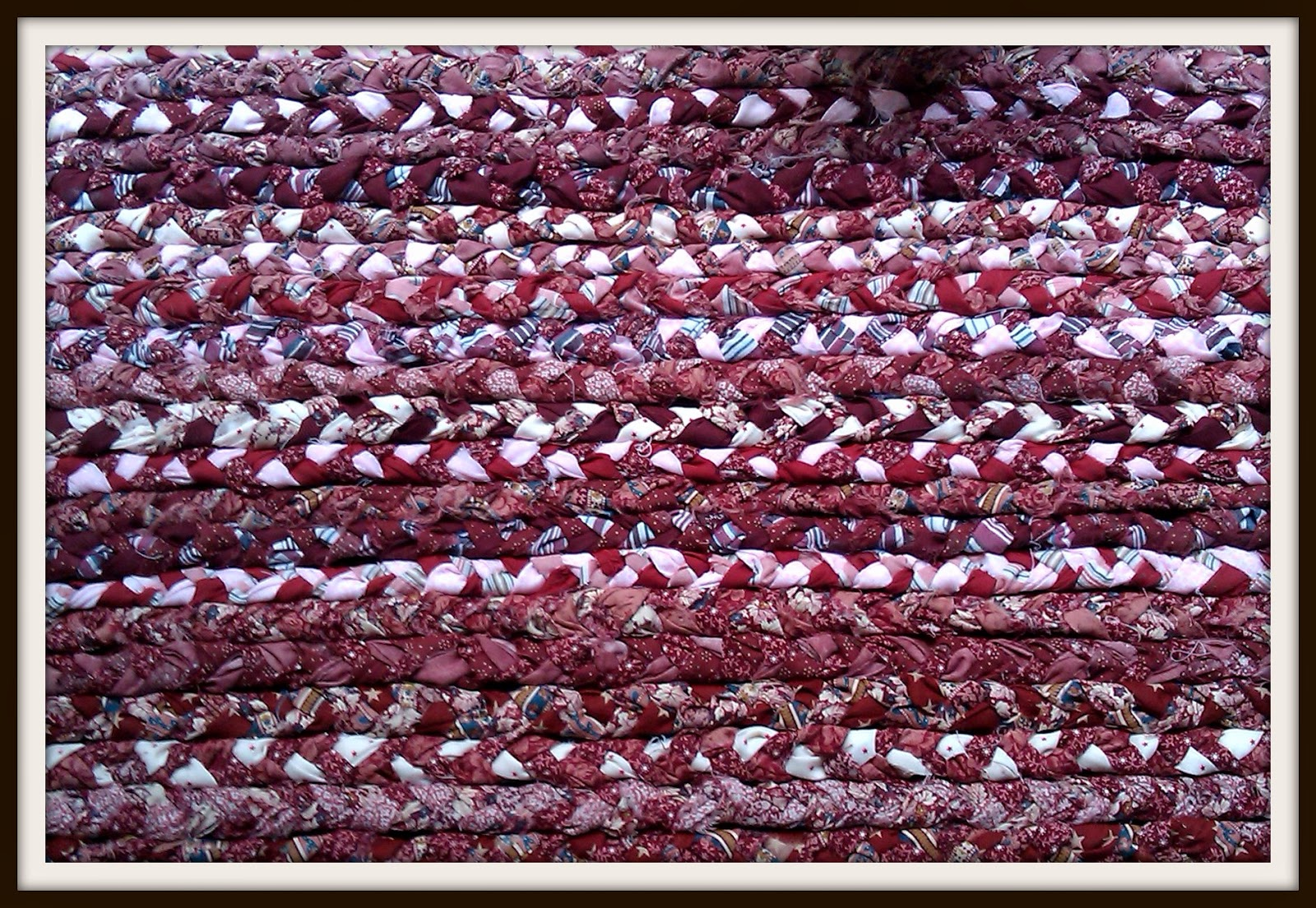 Double treble craft adventures braided rag rug in 4 easy for Easy rugs