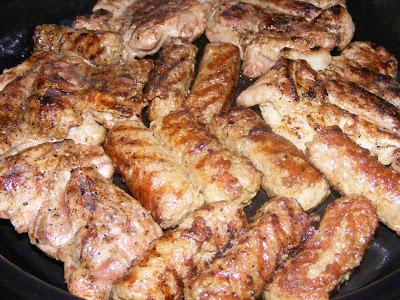 fripturi, friptura de porc, gratar de porc, retete culinare, retete de mancare, mici la gratar, carne de porc fripta la gratar, retete cu porc, preparate din porc, retete pentru gratar, retete de craciun,