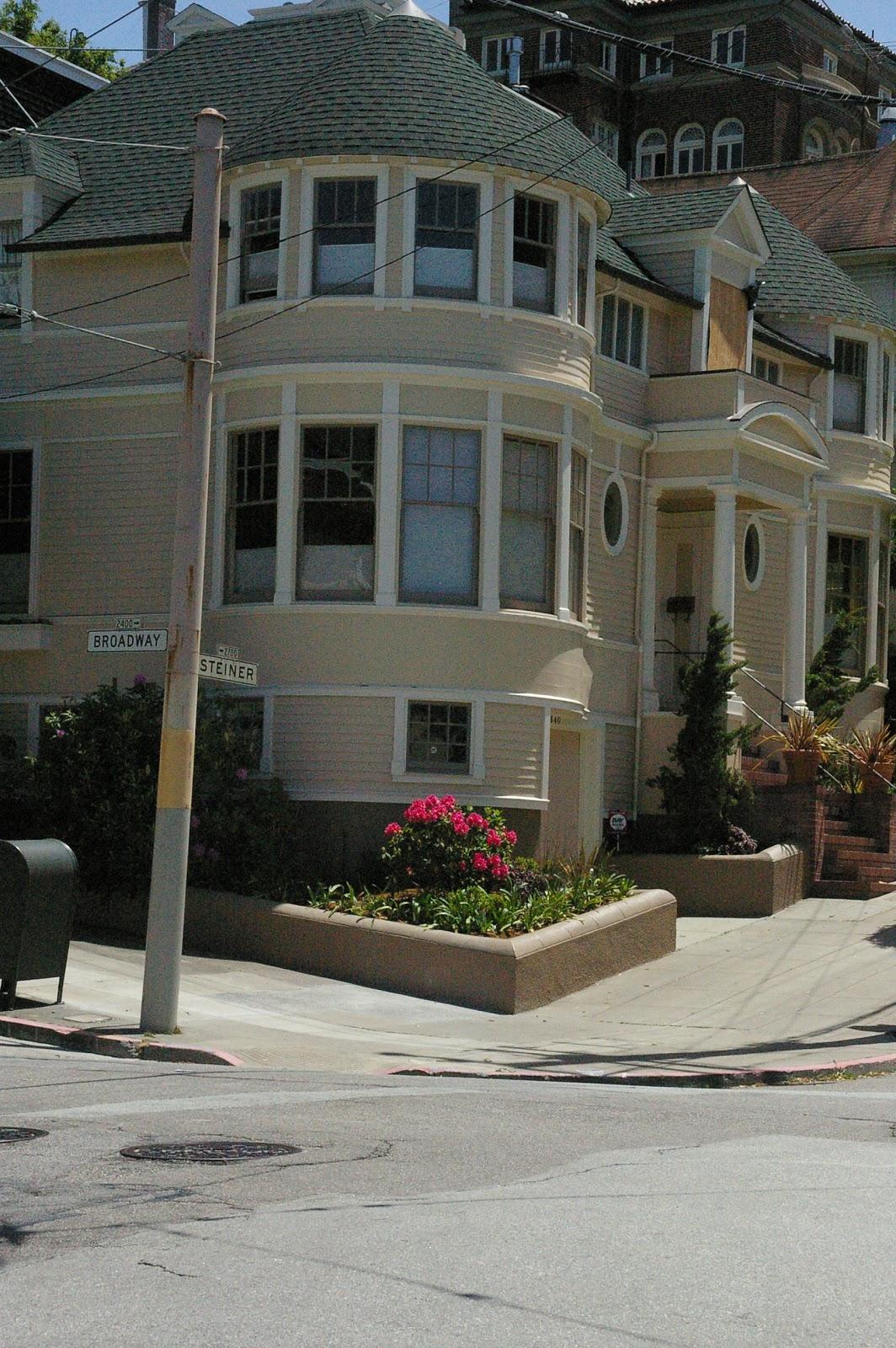 Address 2640 steiner street san francisco california usa for 2640 steiner street