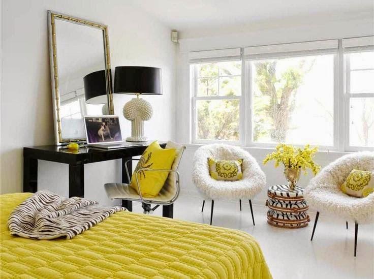 Decoração  com almofadas coloridas