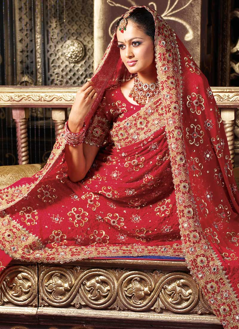 indian bridal dress 1 jpgRed Indian Bridal Dresses