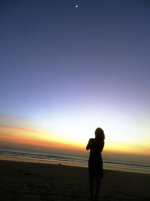 レギャンビーチ(pantai Legian)の夕暮れ