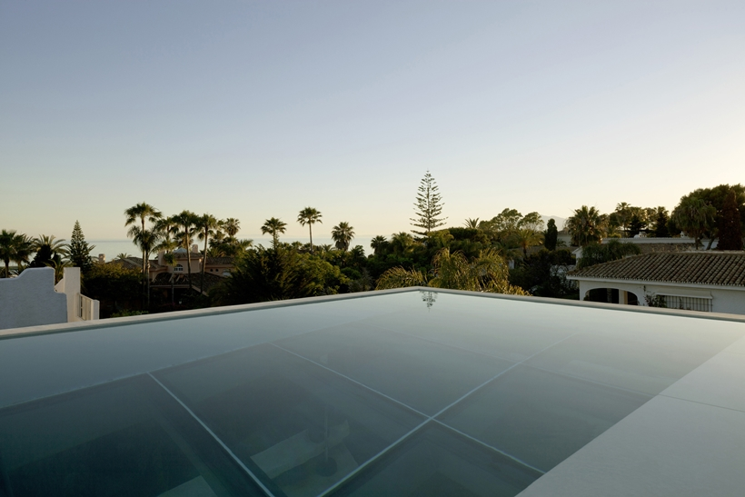 Roof of the House with swimming pool by Wiel Arets Architects (WAA)