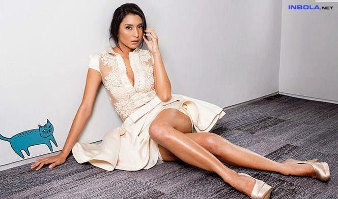 Foto panas paha mulus tyas mirasih artis cantik wanita indonesia