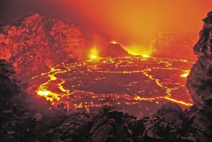 Volcanes activos lava rocas