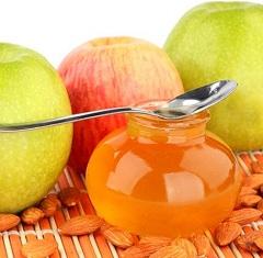 Мед является сильным аллергеном, и может вызвать диатез.
