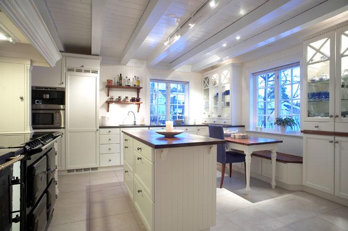 Familien skogheims hytte: kjøkken til hytten