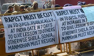 Demokrasi Yang Merosakkan Wanita