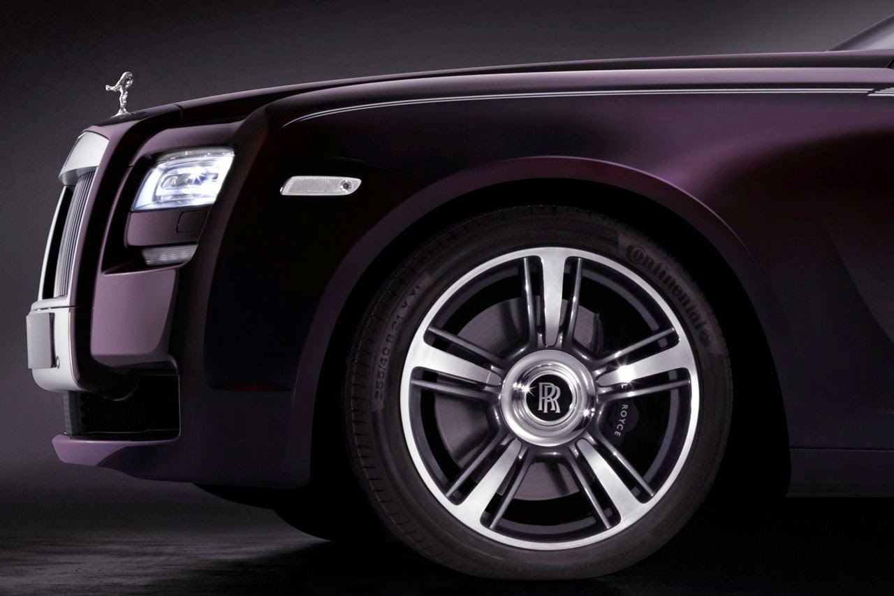 2015 Rolls-Royce Ghost Series Front Wallpaper