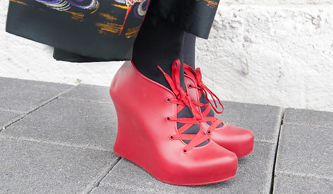melissa shoes, red boots, jelly boots