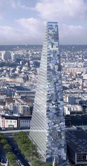 A Tour Triangle parece feita para quebrar a harmonia e a proporcionalidade da arquitetura parisina.