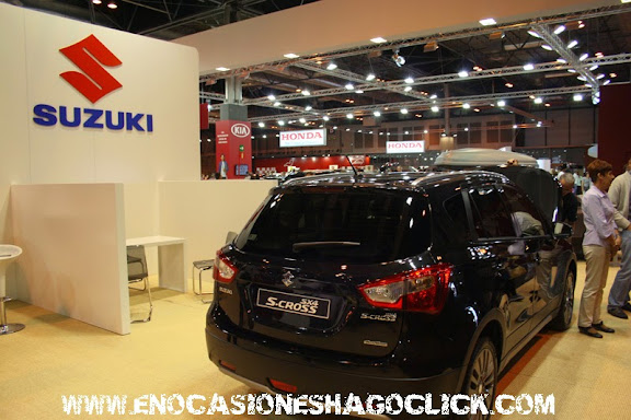 Stand Suzuki salon del automovil de madrid 2014