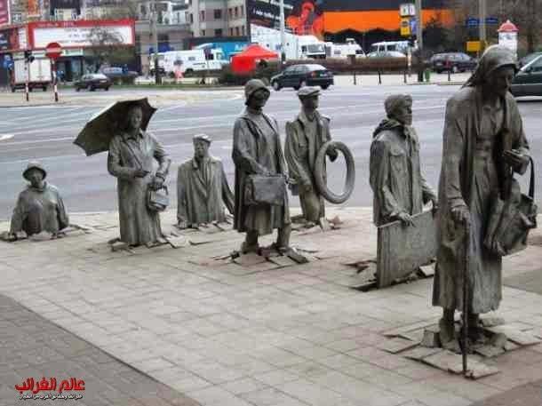 تماثيل، منحوتات، عالم العجائب
