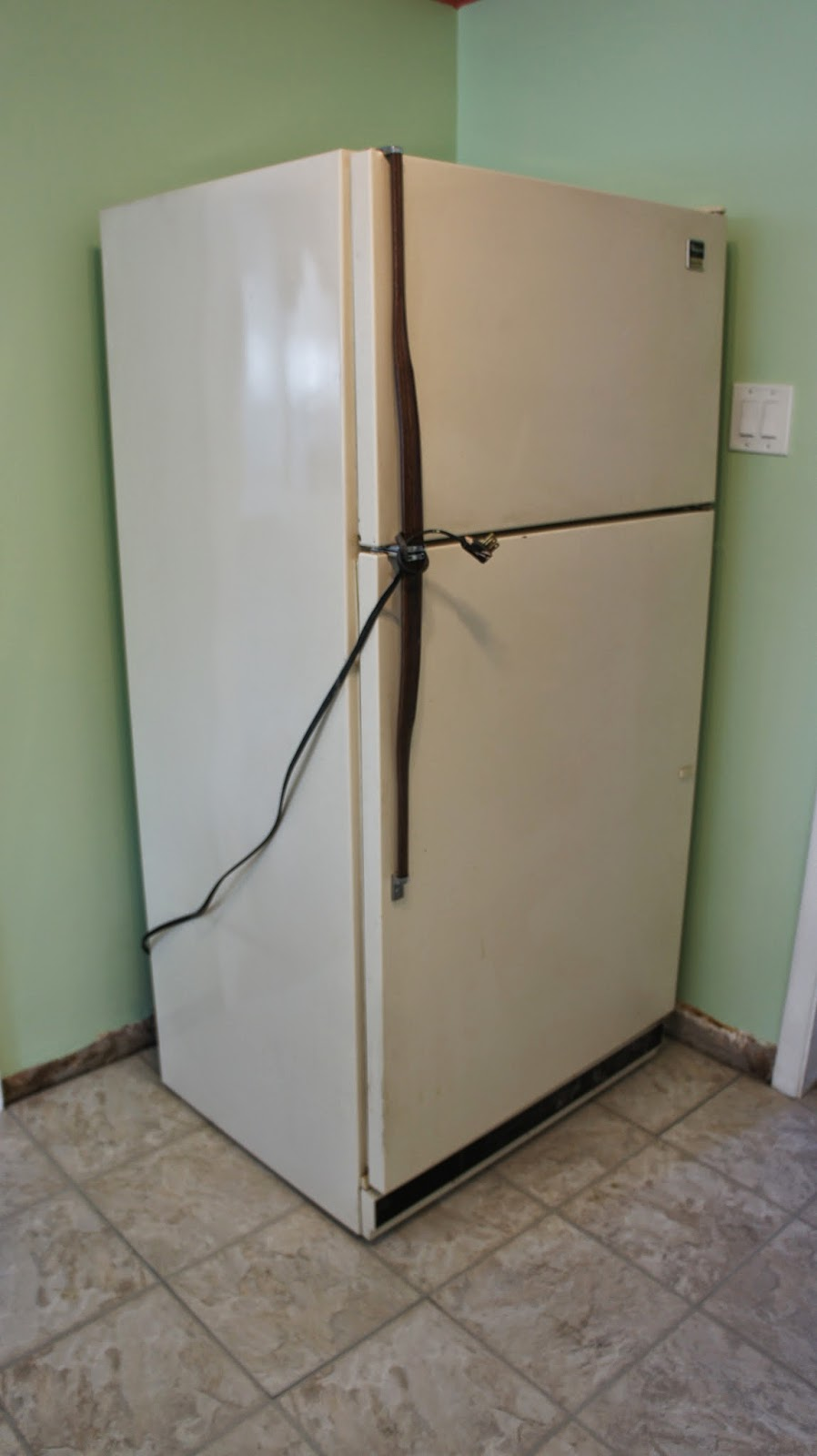 Water line hook up to fridge