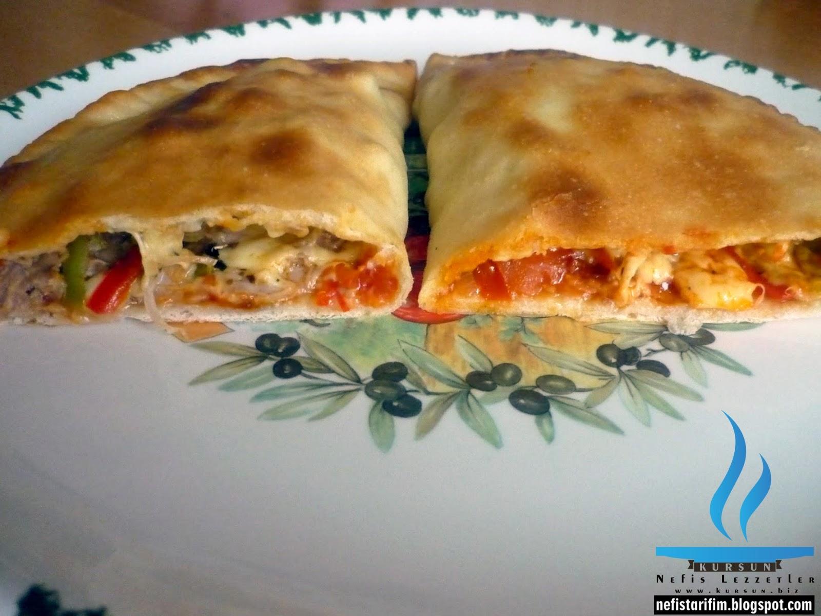 Kapalı Pizza – Calzone
