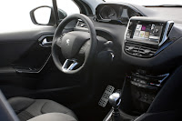 Review : Peugeot 208 (2012)