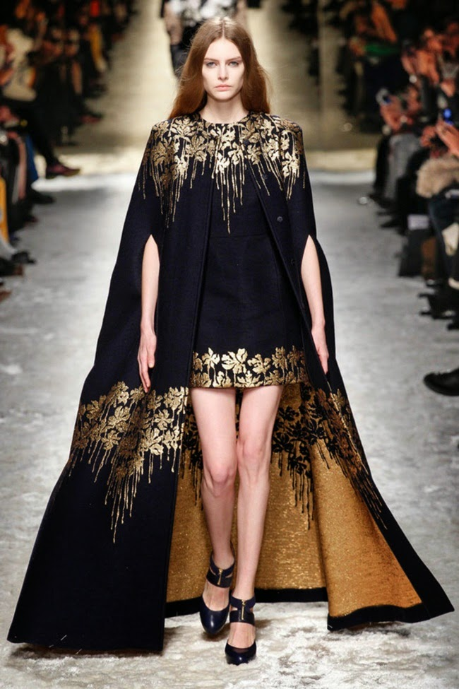 Blumarine 2014 AW Black Royal Long Cape