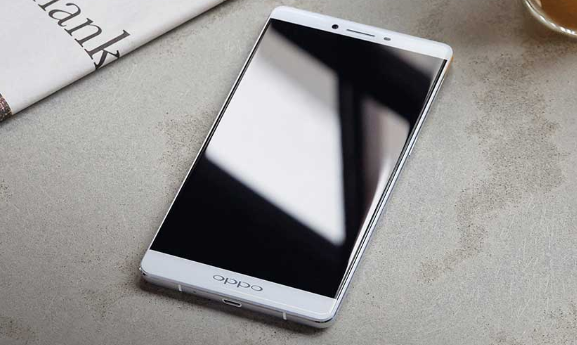 OPPO R7 Plus Best Smartphone And Best Life Battery