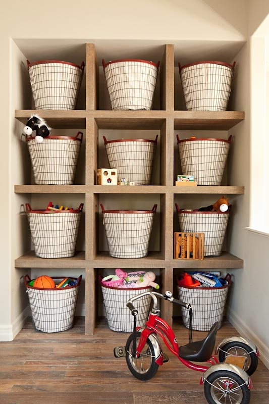 & Decorating with Baskets - The Cottage Market