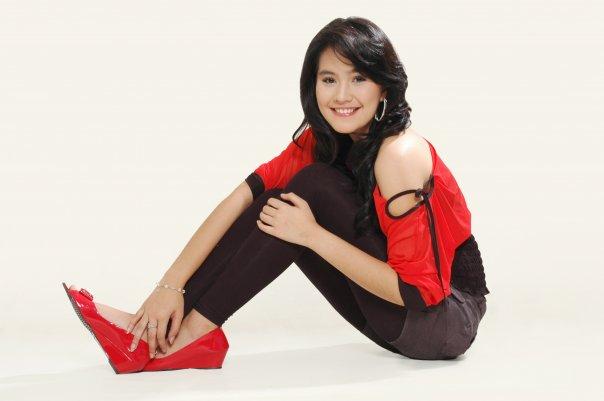 Foto Kartika Putri (Host Cantik Banget)