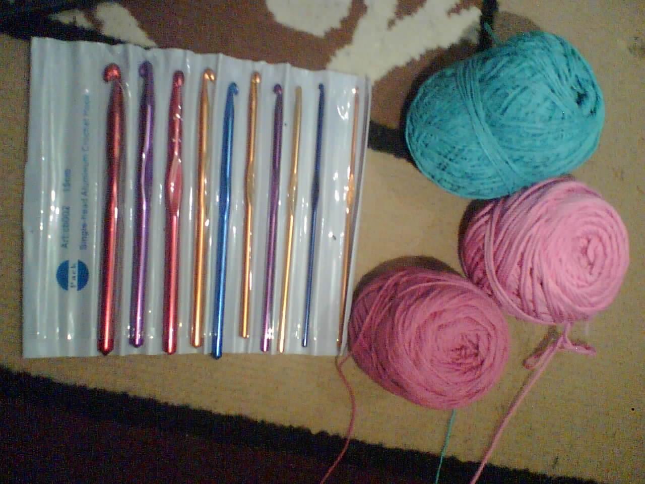 Perlengkapan Untuk Merajut Jarum Tunggal (crochet)