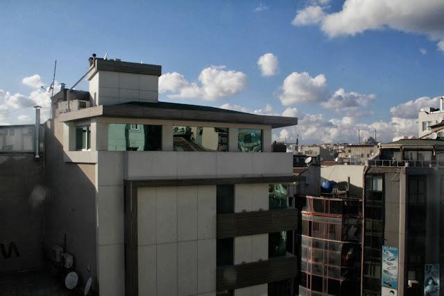 glitter daiquiri, photo diary, travel diary, architecture, istanbul, emirates, aksaray, architecture istanbul