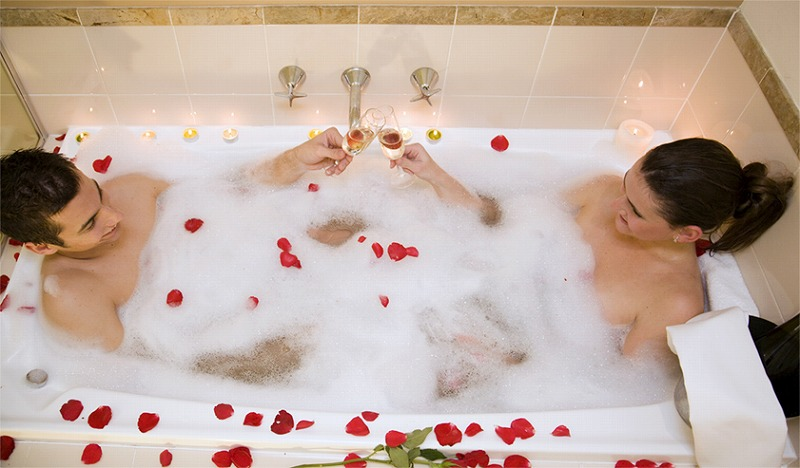 Relax more spa package metro hotel on pitt sydney for Luxury spa weekends for couples