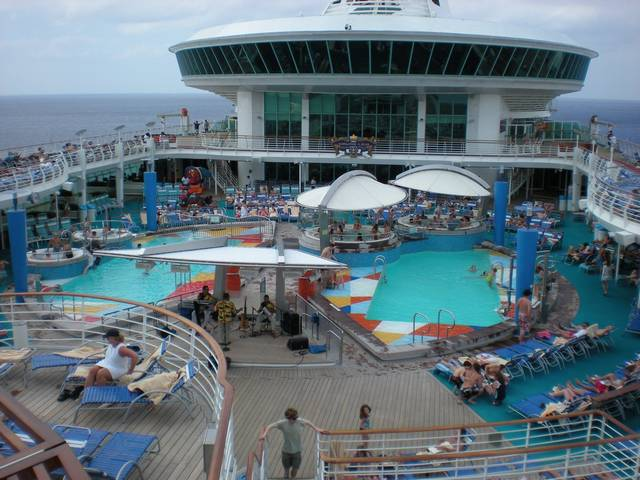 Royal Caribbean Largest Cruise Ship