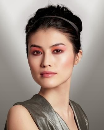 Make up Shiseido Palette Luminizing Satin Eye Color Trio in Floracouture