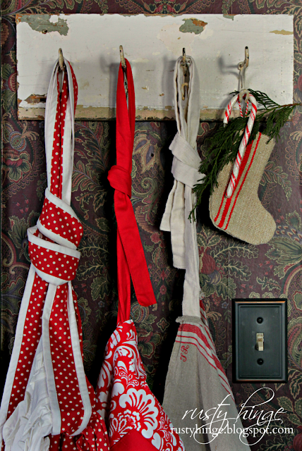 Christmas red kitchen aprons
