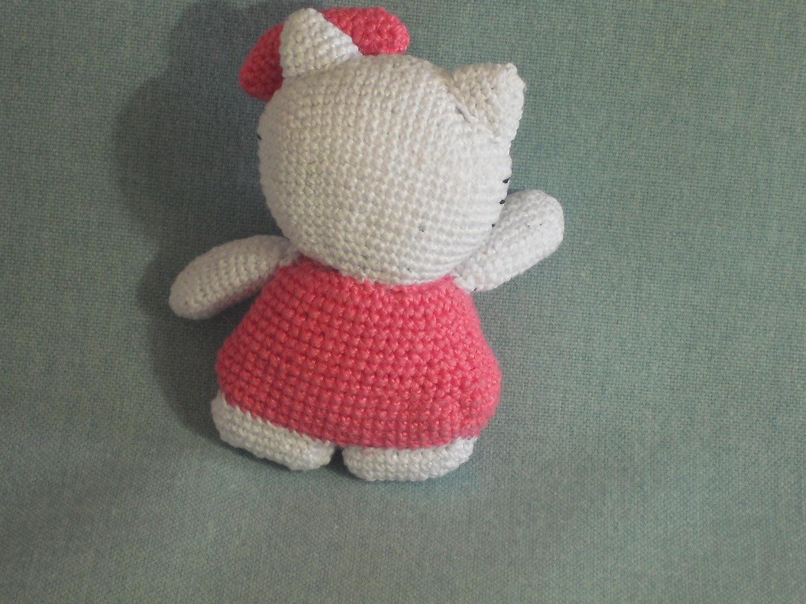 Amigurumi Kitty Espanol : Amigurumis en espanol: Mi Hello Kitty amigurumi.