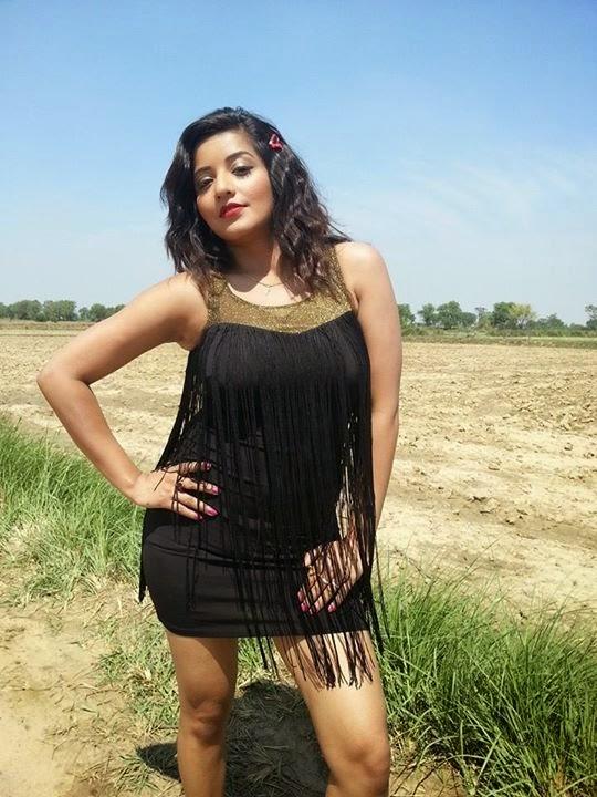 Bhojpuri Hot Actress Monalisa Shoot New film Raja Babu in Mathura