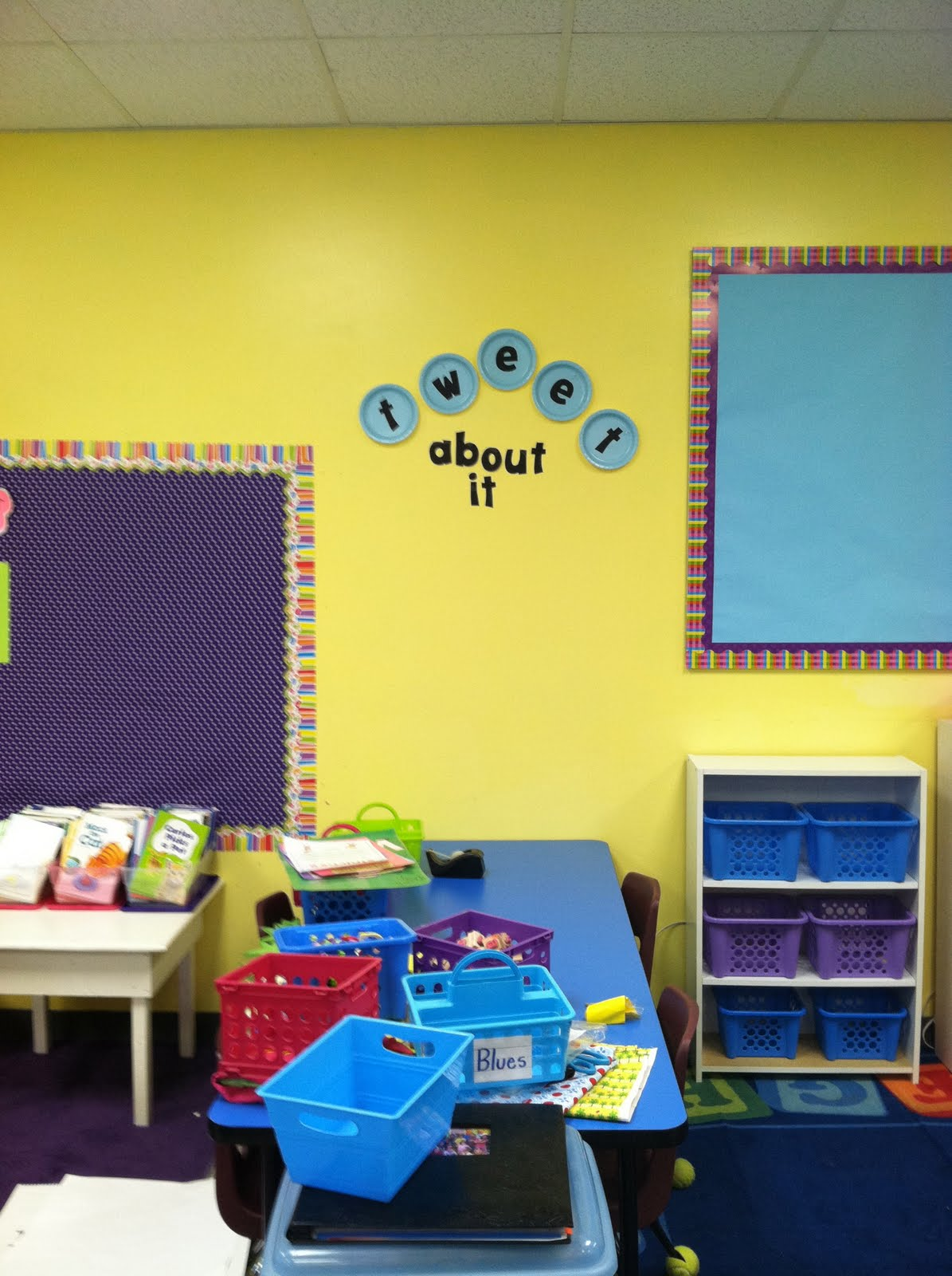 Life in First Grade: Classroom decorating: Day Three