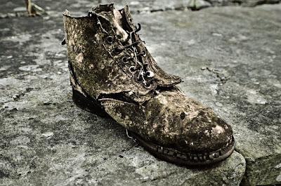Sang Pena, Tulus Sepatu