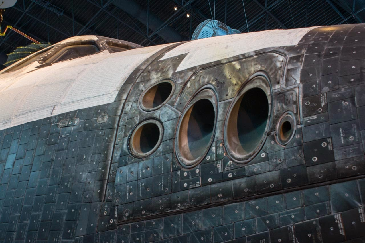 """Physics Buzz: How the """"Interstellar"""" Spaceship Compares to ..."""