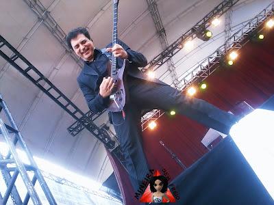 Frejat toca em show gratuito na Uniube - www.mineirasemfreio.com