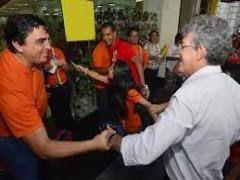 Ricardo Coutinho realiza caminhada em CG e carreatas na capital