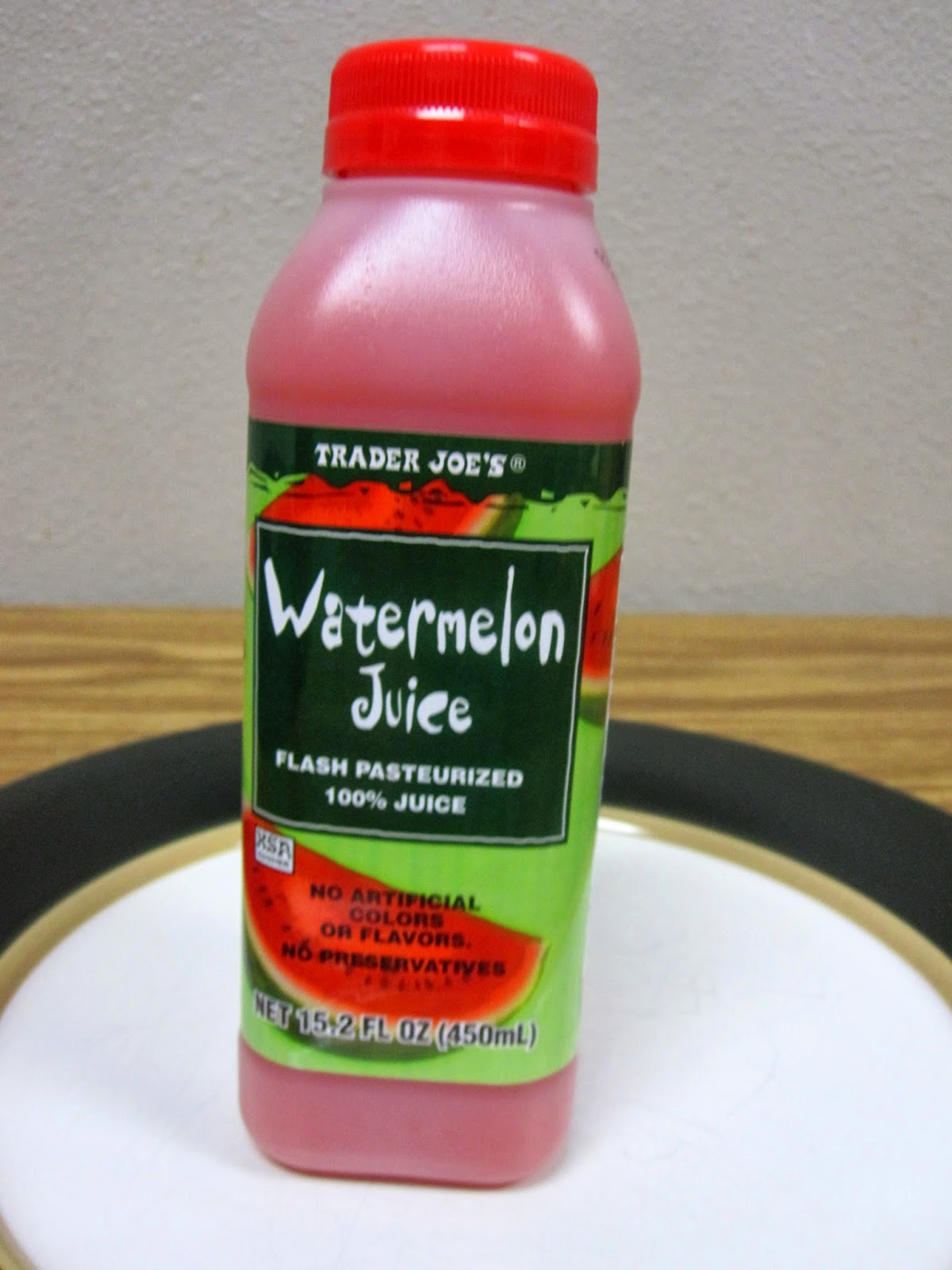 to pomegranate juice vs. watermelon juice. 100% pomegranate juice ...