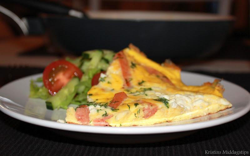 Kristins Middagstips Omelett Med Cottage Cheese Og Kalkunkorv