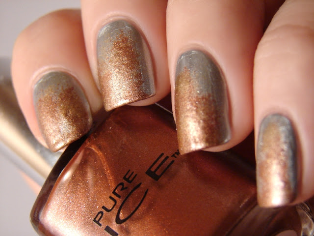 nails nailart nail art mani manicure polish Spellbound ABC Challenge r is for rust Pure Ice Silver Mercedes Iced Copper Maybelline New York Color Show Bold Gold eyeshadow applicator sponge texture textured rusty rusted rusting
