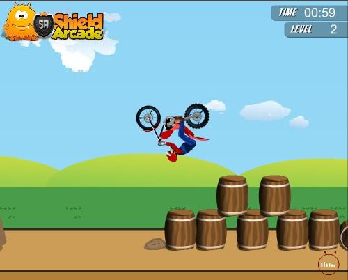 Mario bros se creci 243 simplemente para manejar una moto y hacer unas