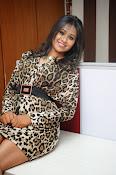 Manali Rathod Glam pics-thumbnail-7