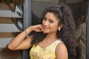 Vishnu Priya glam pics-thumbnail-1